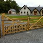 Goosneck Timber Picket Gates